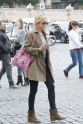 Kristen Wiig - Out For a Walk in Rome, April 2015