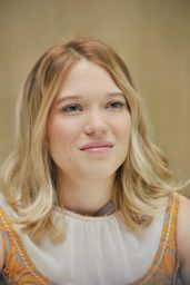 Léa Seydoux - Spectre Movie Press Junket in Mexico City