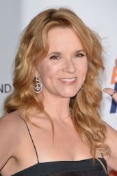 Lea Thompson – 2015 Race To Erase MS Event in Century City
