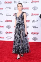 Linda Cardellini – Avengers: Age Of Ultron Premiere in Hollywood