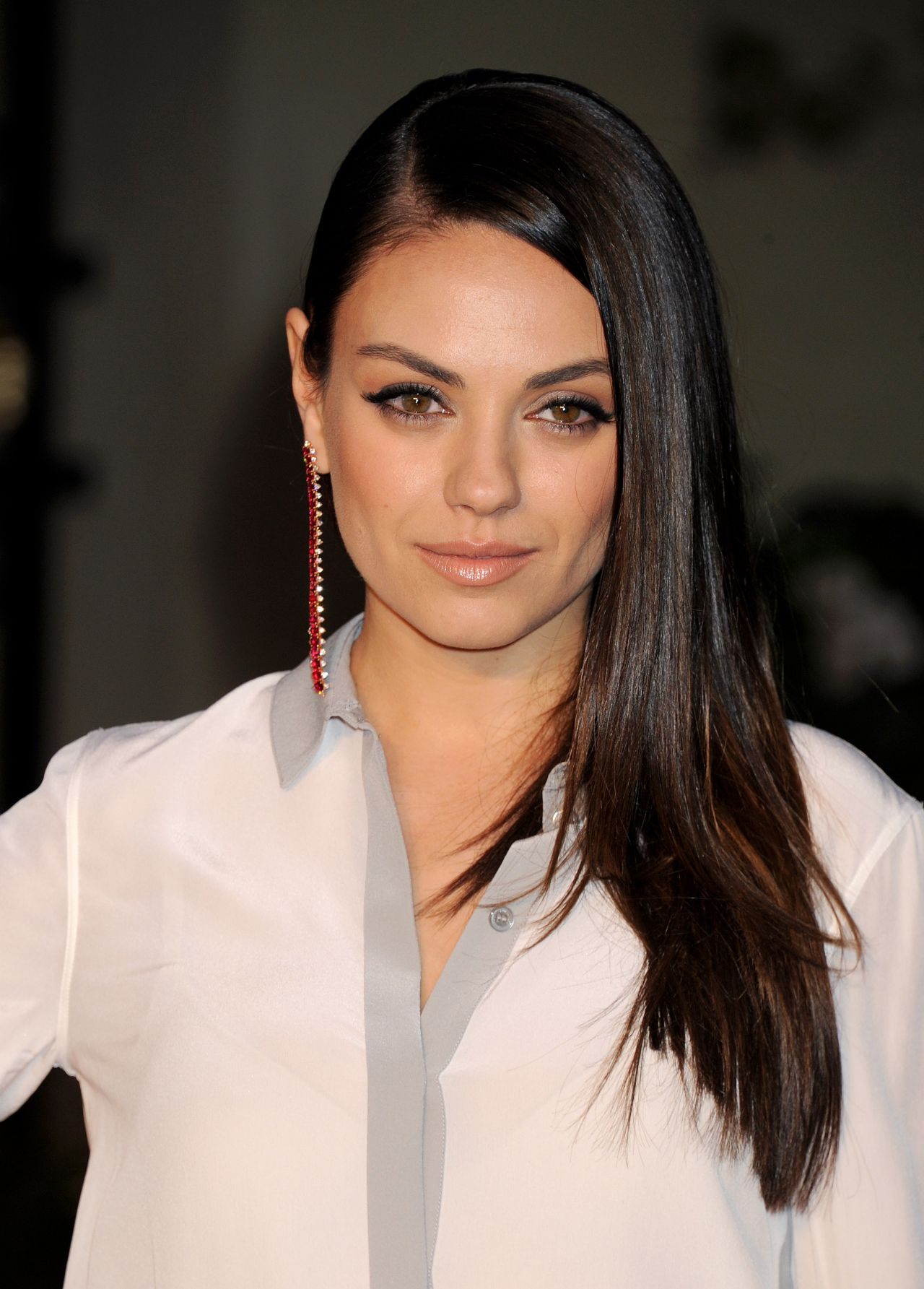 Mila Kunis – Burberry's London in Los Angeles Party in Los ... Mila Kunis