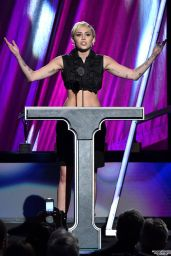 Miley Cyrus - 2015 Rock And Roll Hall Of Fame Induction Ceremony