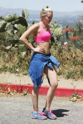 Miley Cyrus - Out For a Hike in Los Angeles, April 2015