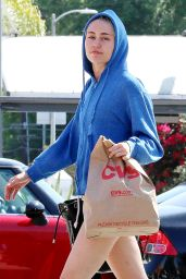 Miley Cyrus Shopping at CVS Pharmacy in Studio City, April 2015
