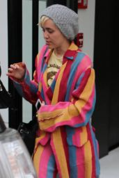 Miley Cyrus - Shopping in Beverly Hills, April 2015