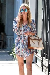 Nicky Hilton - Seen as she leaves 901 Salon in Los Angeles, April 2015