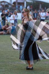 Paris Hilton – Coachella Music & Arts Festival 2015