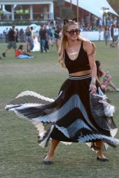 Paris Hilton – Coachella Music & Arts Festival 2015