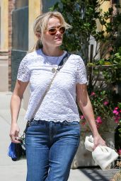 Reese Witherspoon in Jeans - at Her Office in Santa Monica, April 2015