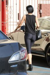 Rumer Willis Booty in Leggings - at Dancing With the Stars Rehearsals in Hollywood, April 2015