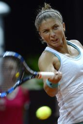 Sara Errani -2015 Porsche Tennis Grand Prix in Stuttgart – First Round