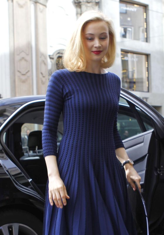 Sarah Gadon Style - Arrives at Armani Hotel in Milano, April 2015