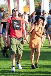 Sarah Hyland – 2015 Coachella Music Festival in Indio – Day 1