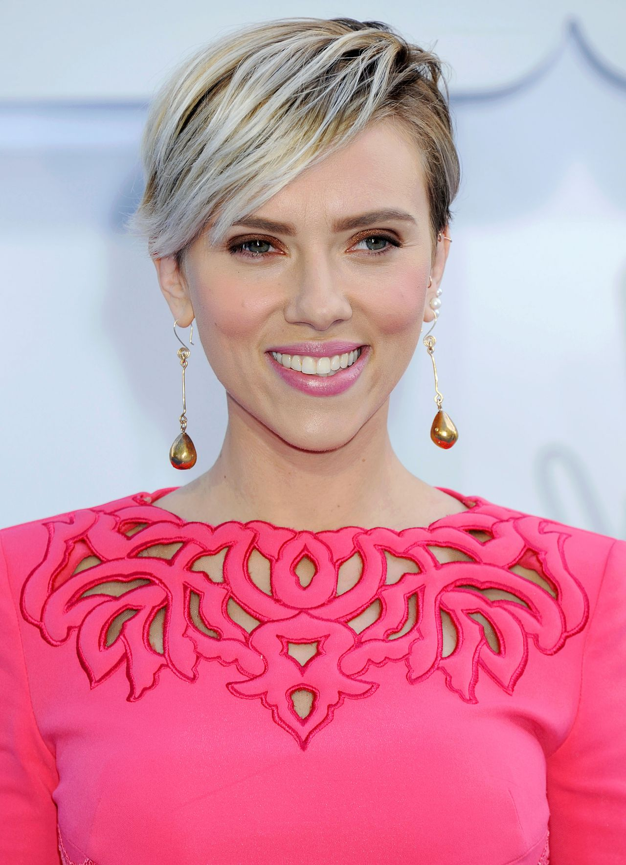 Scarlett Johansson – 2015 MTV Movie Awards in Los Angeles Scarlett Johansson