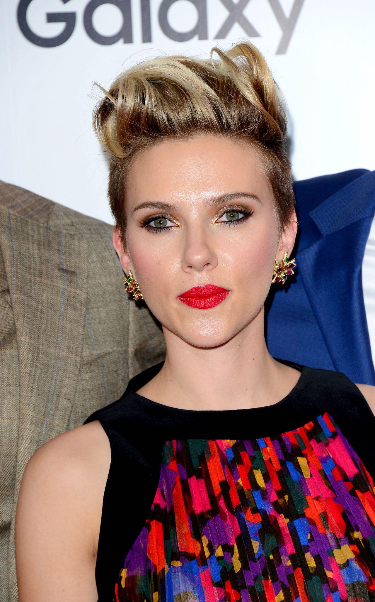 Scarlett Johansson - Avengers: Age Of Ultron Premiere in ...