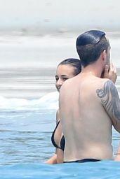 Selena Gomez Hot in Bikini in Mexico, April 2015