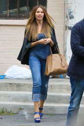 Sofía Vergara Street Style - Out in Beverly Hills, April 2015