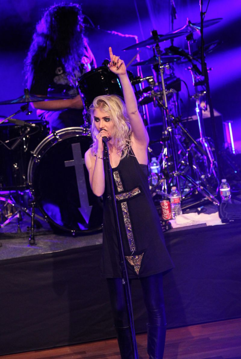 Taylor momsen the pretty reckless performing in nashville april 2015 taylor momsen the pretty reckless performing in nashville april 2015 m4hsunfo