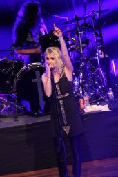 Taylor Momsen - The Pretty Reckless Performing in Nashville, April 2015