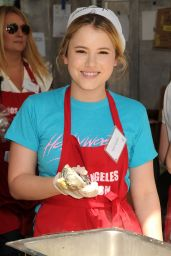 Taylor Spreitler at Los Angeles Mission Easter Event 2015
