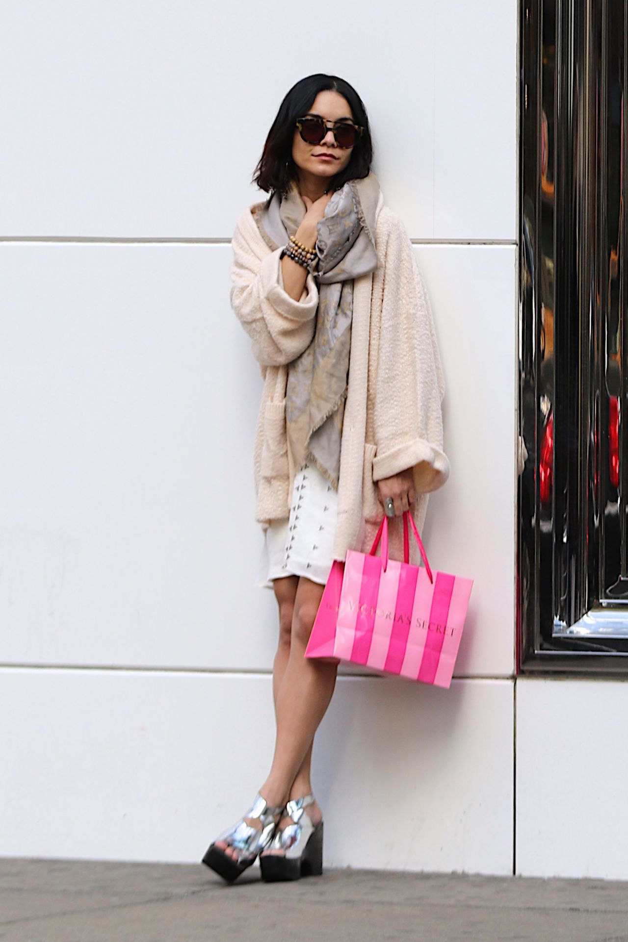 Vanessa Hudgens Style Shopping At Victoria 39 S Secret In Nyc April 2015