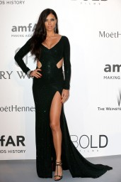 adriana-lima-2015-amfar-cinema-against-aids-gala-in-antibes-france-_1