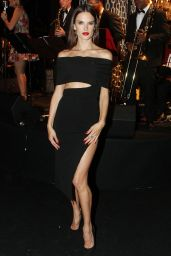 Alessandra Ambrosio -