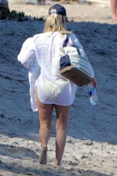 Ali Larter at a Beach in Malibu, May 2015