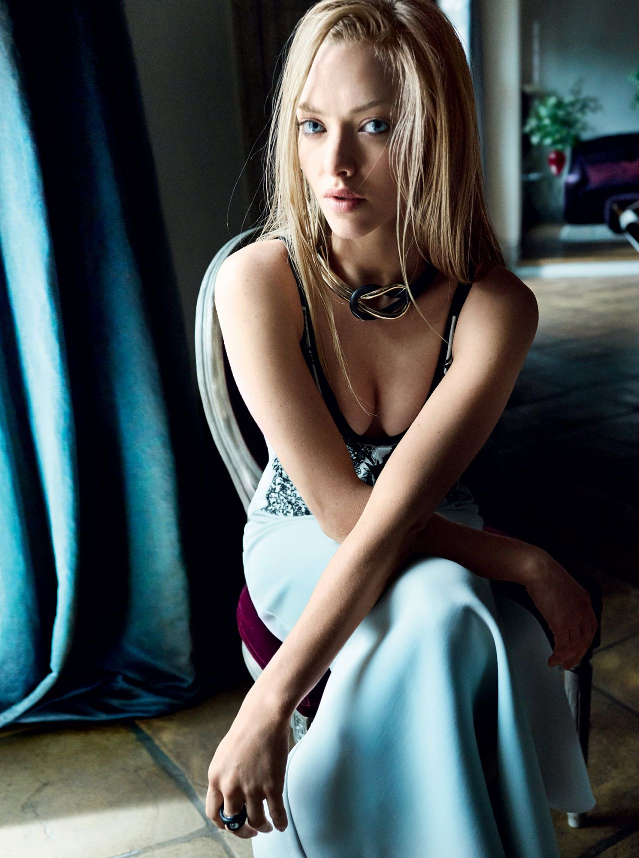 Amanda Seyfried Vogue Magazine June 2015 Cover And Photos
