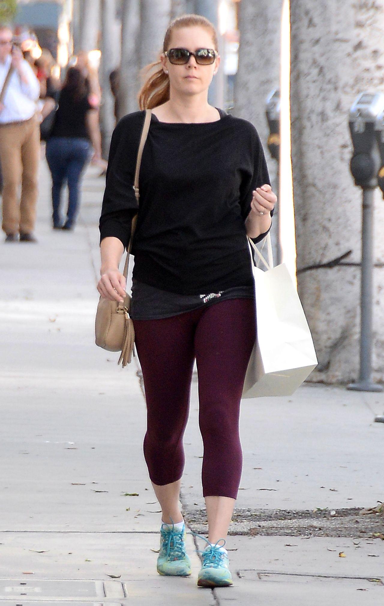 Amy Adams In Leggings Shopping In Los Angeles April 2015