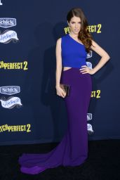 Anna Kendrick – Pitch Perfect 2 Premiere in Los Angeles
