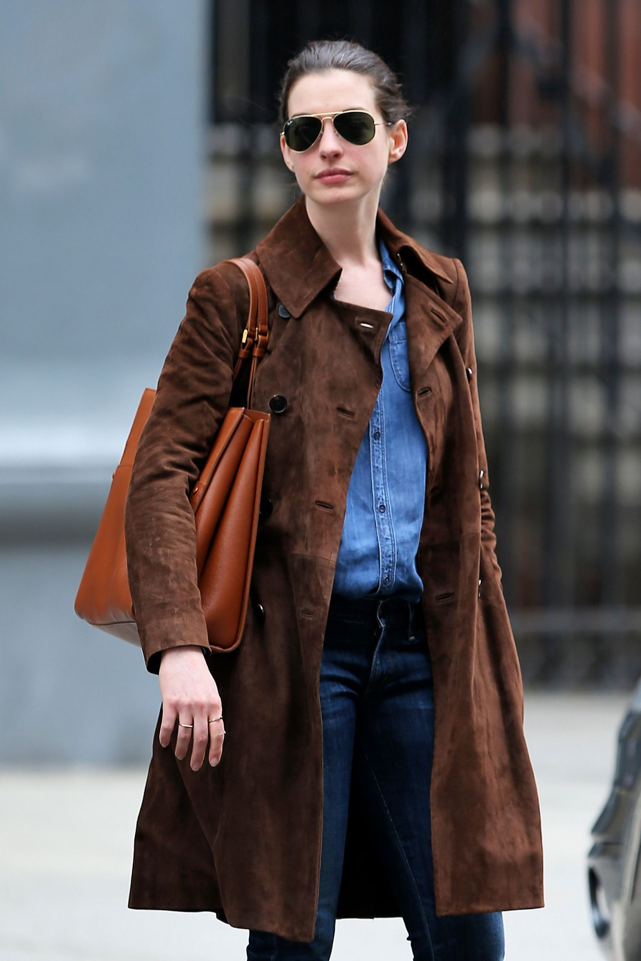 anne hathaway casual style - photo #6