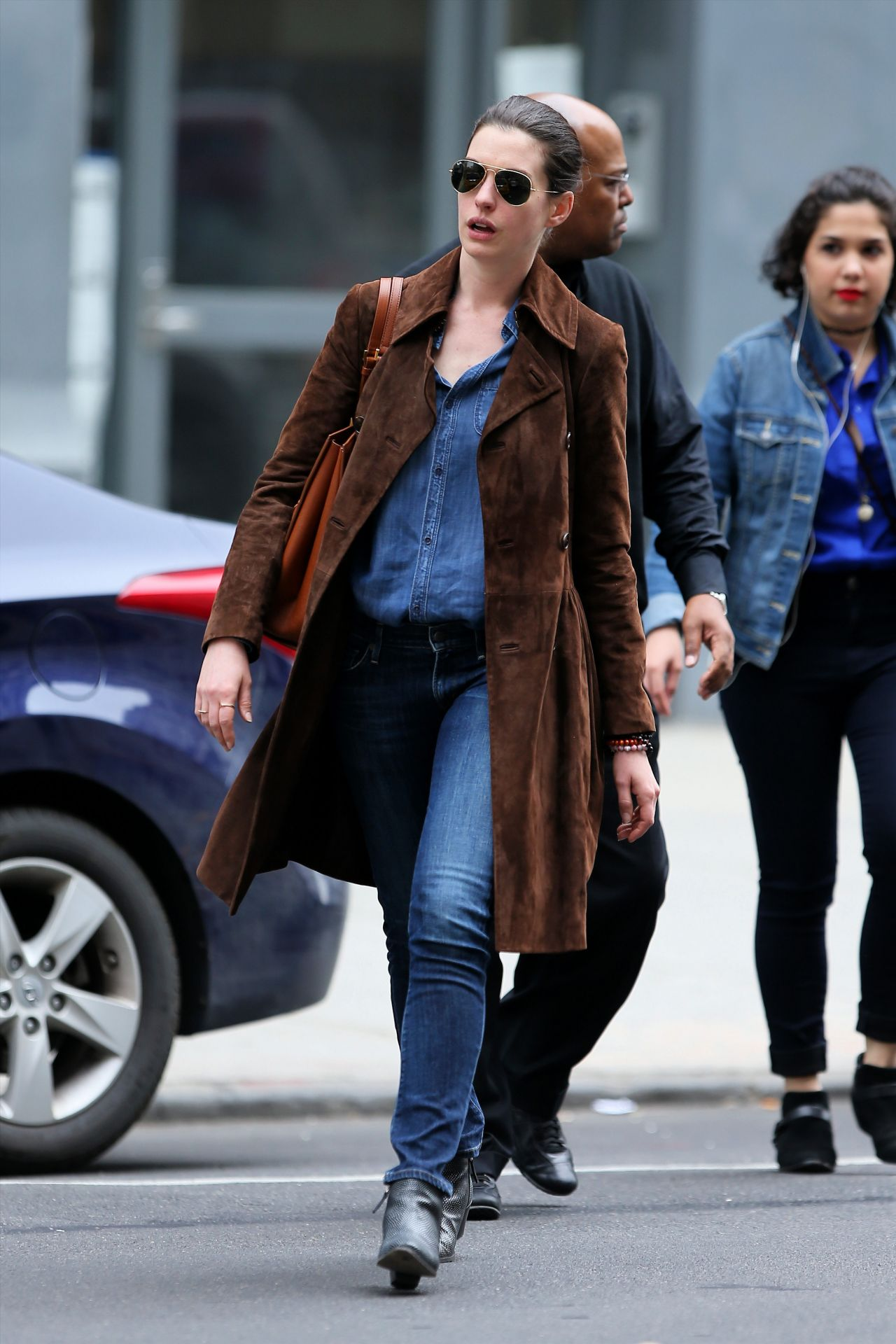 anne hathaway casual style - photo #5