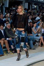 Bar Refaeli - Replay Spring/Summer 2016 Fashion Show at Nammos Beach Club in Mykonos