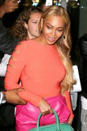 Beyonce Knowles - Outside Her Office Building in New York City, May 2015