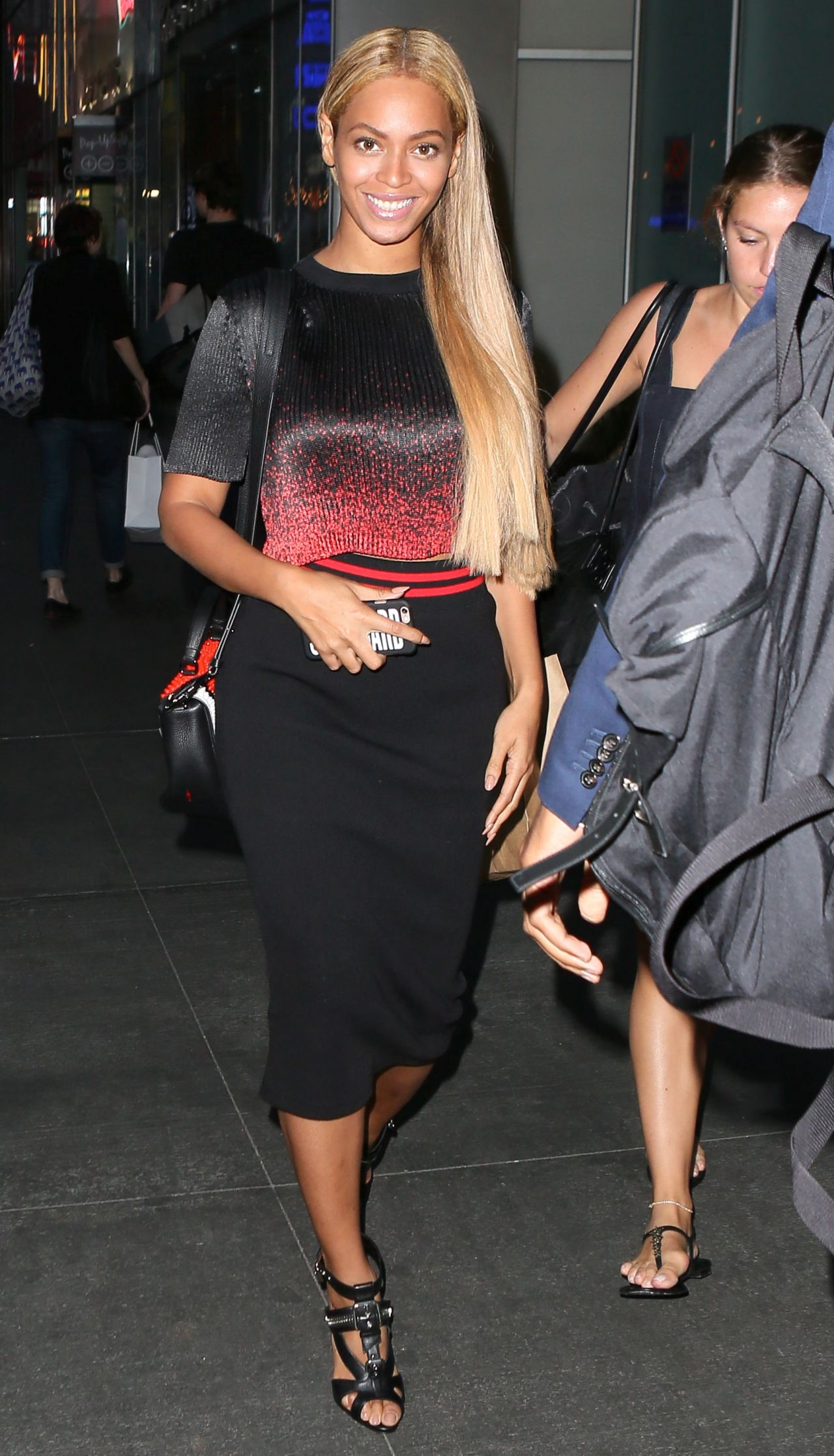 Beyonce Knowles Style – Out in New York City, May 2015