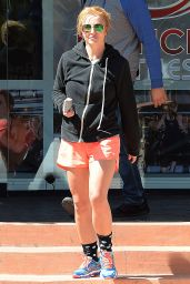 Britney Spears - at Drenched Fitness in Thousand Oaks, May 2015