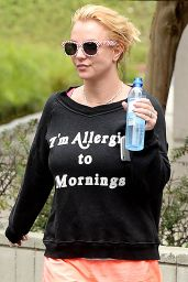 Britney Spears - Heading to Physical Therapy Session in Santa Monica, May 2015