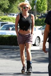 Britney Spears - Heading to the Beach in Malibu, May 2015