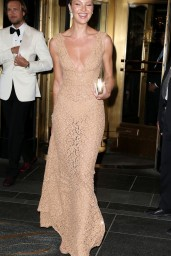 candice-swanepoel-2015-costume-institute-benefit-gala-in-new-york_3