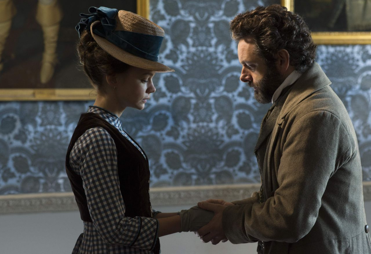The United States of the Solar System, A.D. 2133 (Book Eight) - Page 4 Carey-mulligan-far-from-the-madding-crowd-movie-photos_25