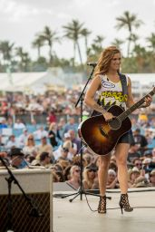 Cassadee Pope - Performing at the 2015 Stagecoach California's Country Music Festival in Indio