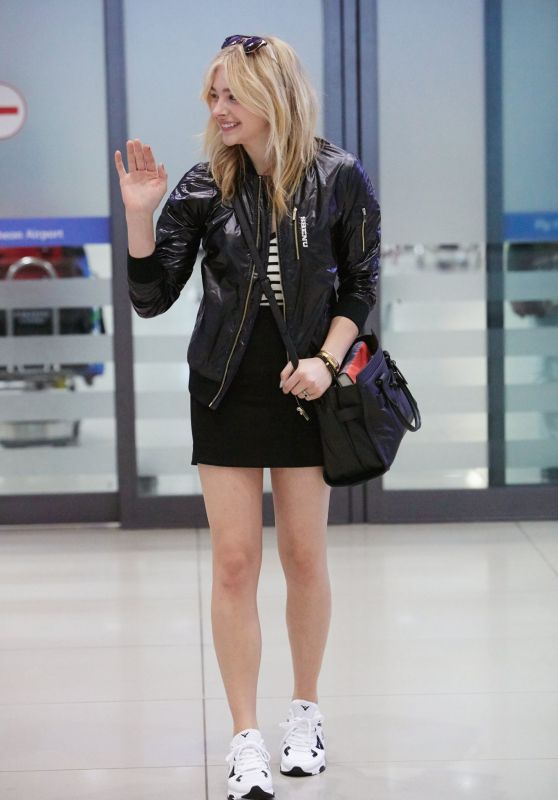 Chloë Moretz - Arriving at Incheon Airport, South Korea, May 2015