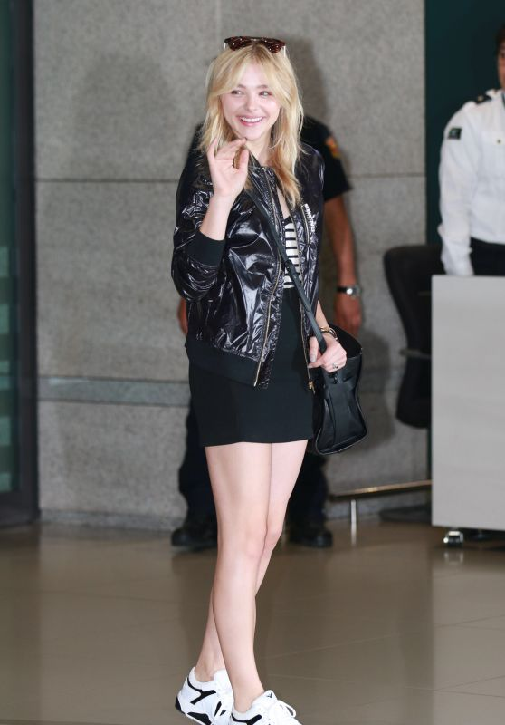 Chloe Moretz - Shopping in Seoul, South Korea, May 2015
