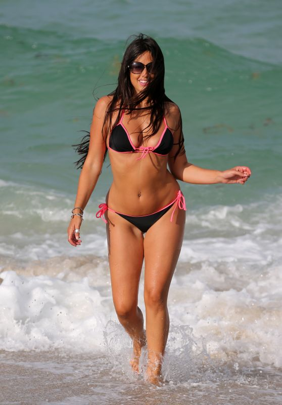 Claudia Romani Hot in Bikini - Beach in Miami, May 2015