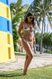 Claudia Romani Shows Off Bikini Body - Miami, May 2015