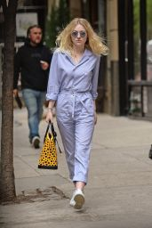 Dakota Fanning Street Style - Out in NYC, May 2015