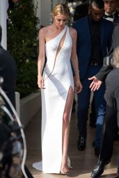 Doutzen Kroes – Hotel Martinez in Cannes, France, May 2015