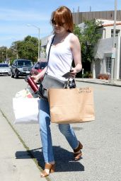 Emma Stone Casual Style - Shopping in Los Angeles, April 2015