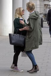 Fearne Cotton Style - Arriving at BBC Radio One studios in London, May 2015